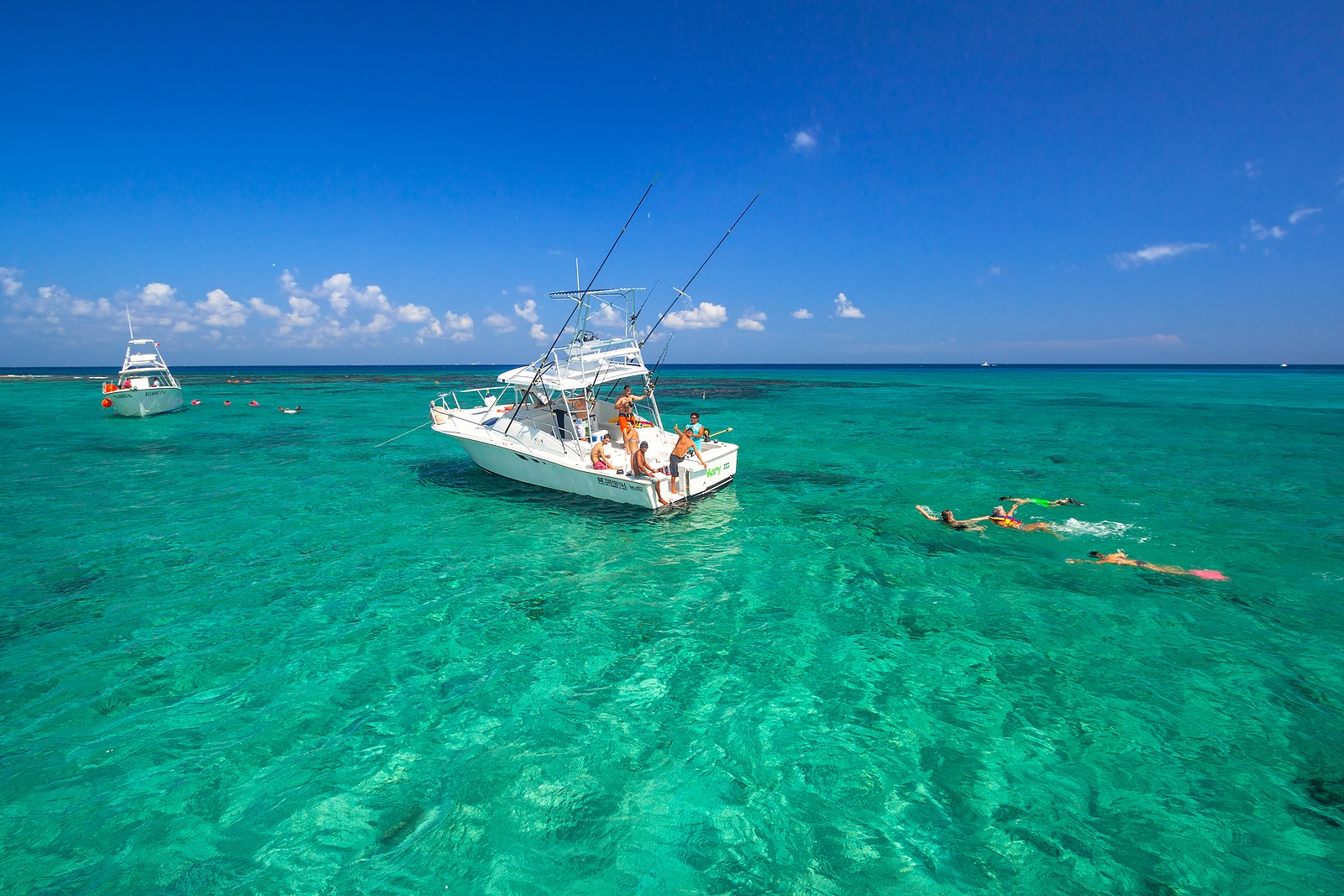 fishing in Cancun by Booking Express Travel
